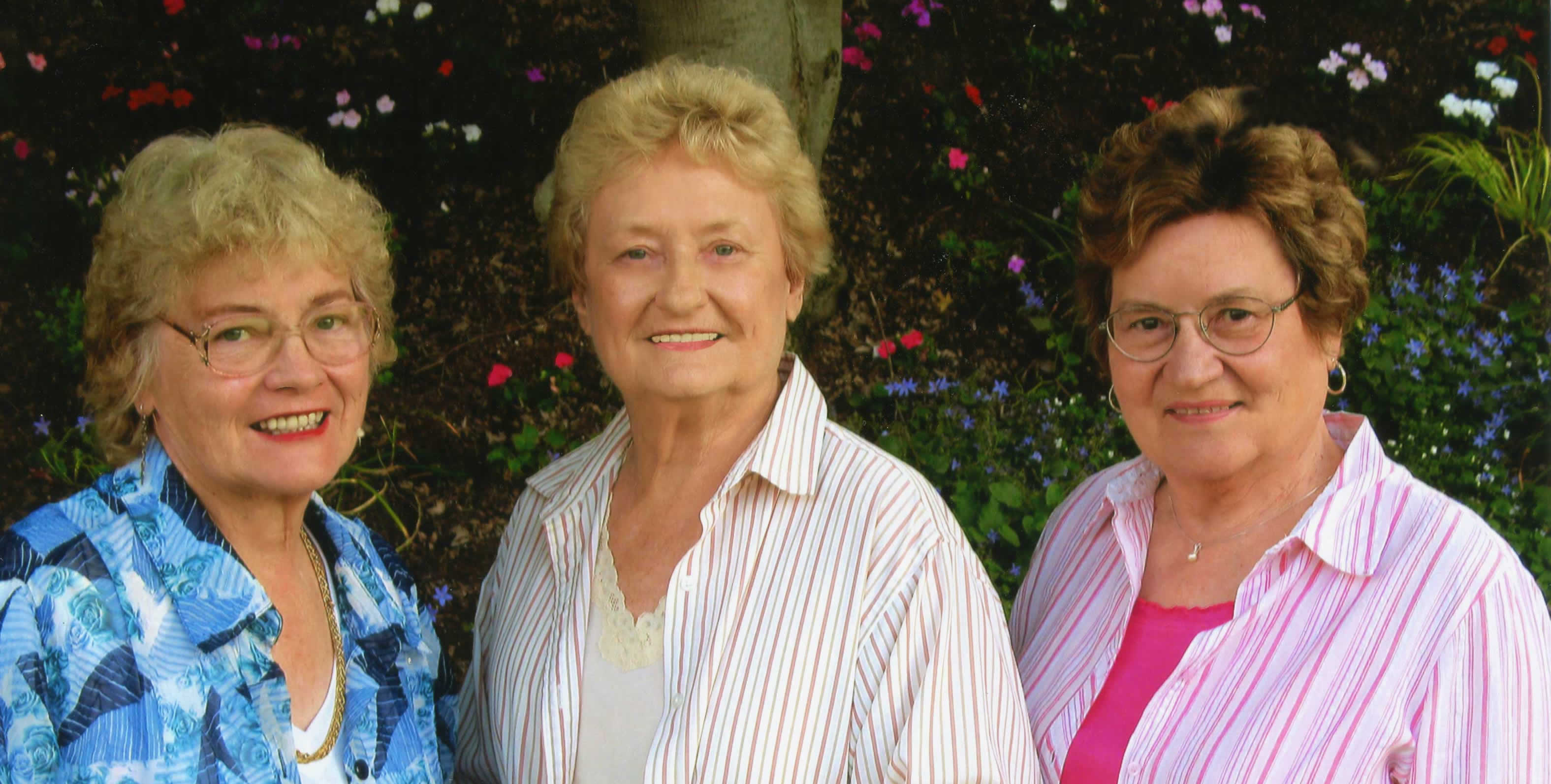 Image of Anne Krickel, Jeanie Thiessen and Francie Berg